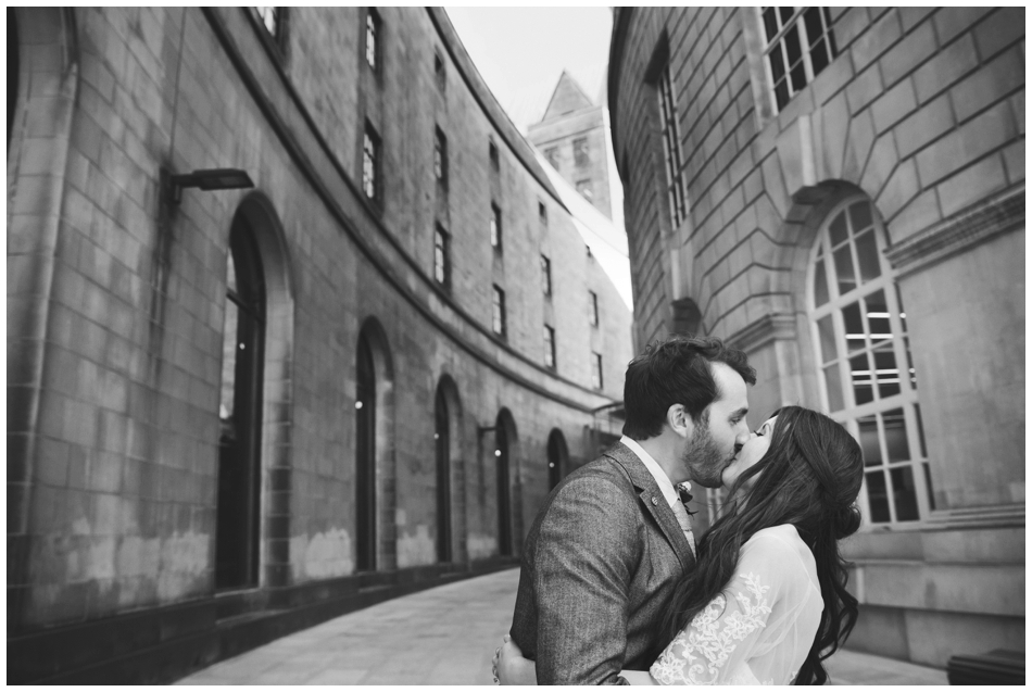 Manchester Registry Office and 'Jamie's Italian' Wedding Photography